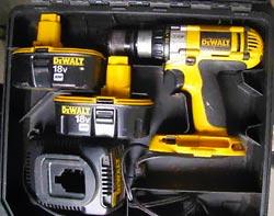 dewalt dcd950kx 18 volt xrp 1  2 inch dewalt dc825ks 18